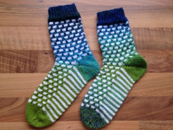 "Makerist - Socke ""Finn"" in Gr. 26/27 - Strickprojekte - 1"