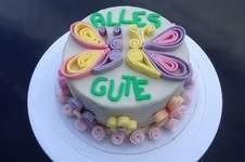 Makerist - Schmetterling-Blumen-Quilling-Torte - 1