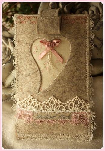 Makerist - Romantische Handyhülle aus Wollfilz - Nähprojekte - 1