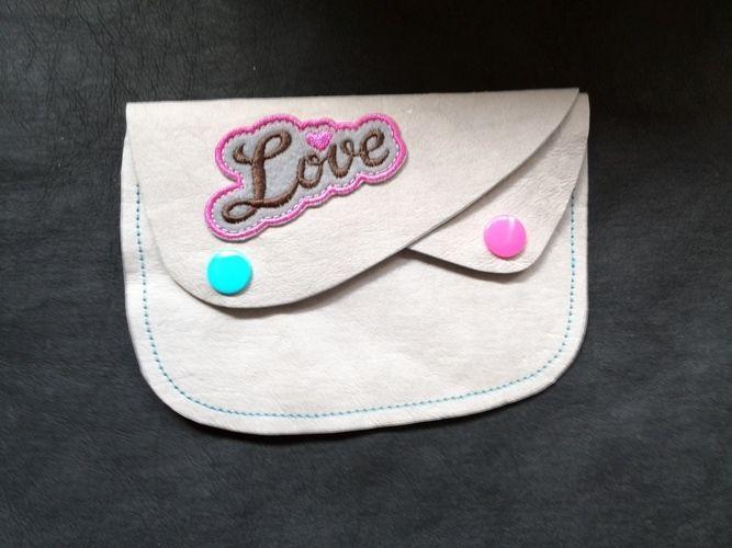 Makerist - Geldbörse LOVE  - Nähprojekte - 1