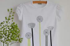 Makerist - T-Shirt selbst gestalten mit Applikation aus Bändern und Stoffen - 1