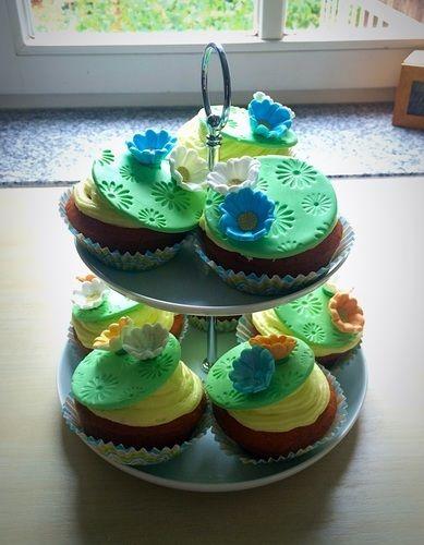 Makerist - Cupcake - Torten, Cake Pops und Cupcakes - 1