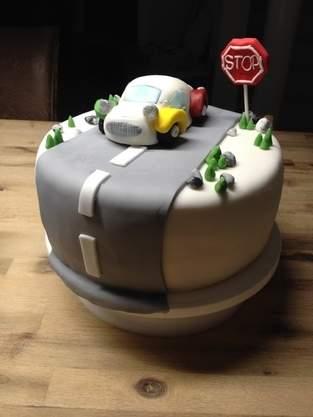 Makerist - Auto-Torte - 1