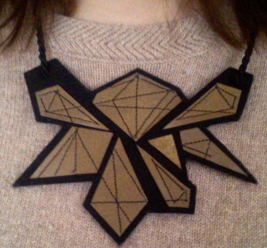 Makerist - Collier de formes géométriques avec coutures - Créations de couture - 1
