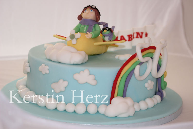 Makerist - Flieger-Torte - Torten, Cake Pops und Cupcakes - 2