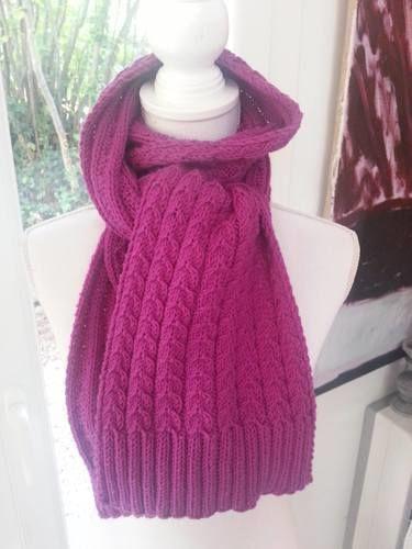 Makerist - Echarpe torsadée en laine mérinos - Créations de tricot - 1