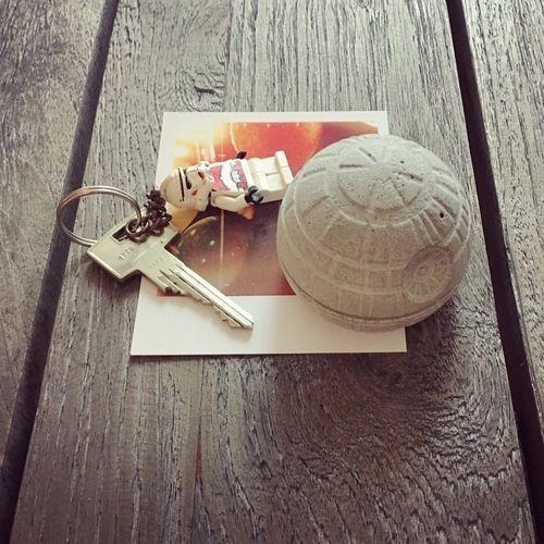 Makerist - Briefbeschwerer aus Beton | Star Wars - DIY-Projekte - 1