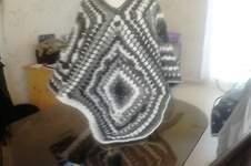Makerist - poncho en granny crocheter en laine de chez plassard a la vente - 1