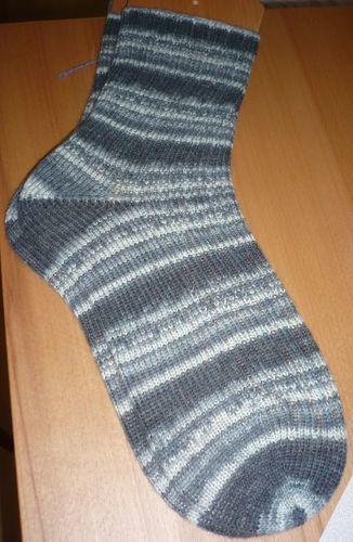 Makerist - Socken Gr. 42/43 - Opal Socken- und Pullover-Wolle  - Geburtstagsgeschenk für meinen Papi  - Strickprojekte - 1