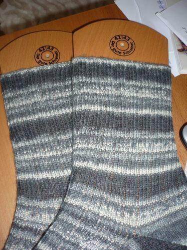 Makerist - Socken Gr. 42/43 - Opal Socken- und Pullover-Wolle  - Geburtstagsgeschenk für meinen Papi  - Strickprojekte - 2