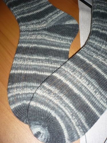 Makerist - Socken Gr. 42/43 - Opal Socken- und Pullover-Wolle  - Geburtstagsgeschenk für meinen Papi  - Strickprojekte - 3