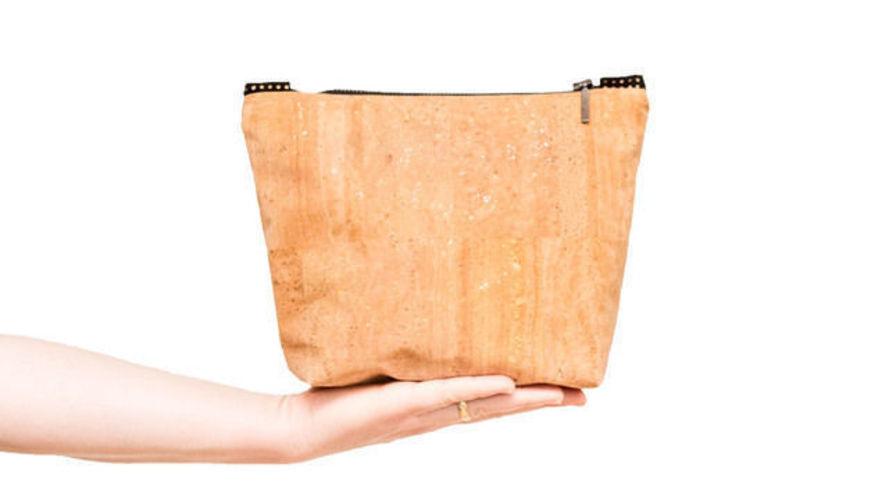 Makerist - Kosmetiktasche »The Black Line Copper & Cork« - Nähprojekte - 2