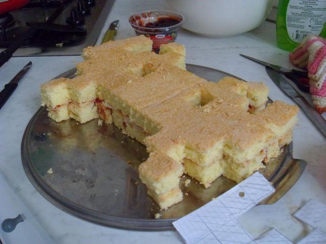 Makerist - Space Invader Torte - Torten, Cake Pops und Cupcakes - 3