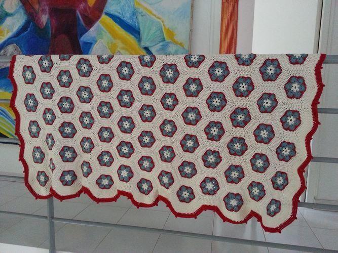 Makerist - Plaid en fleurs africaines - Créations de crochet - 2