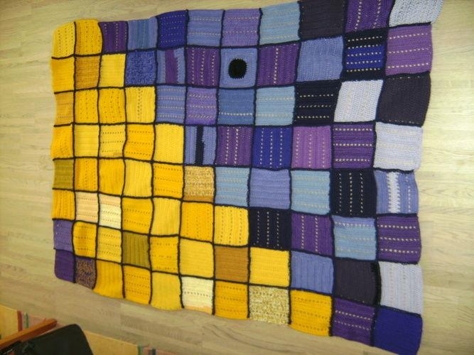 Makerist - Häkeldecke aus Wollresten - Häkelprojekte - 1