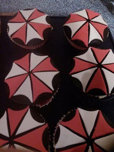 Makerist - Resident Evil-Cupcakes - Torten, Cake Pops und Cupcakes - 1