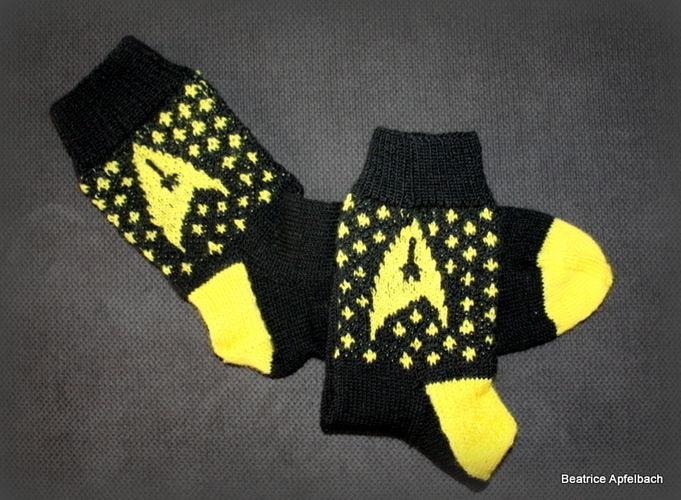 Makerist - Star Trek Socken - Strickprojekte - 2