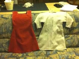 Kindermittelalterkleid