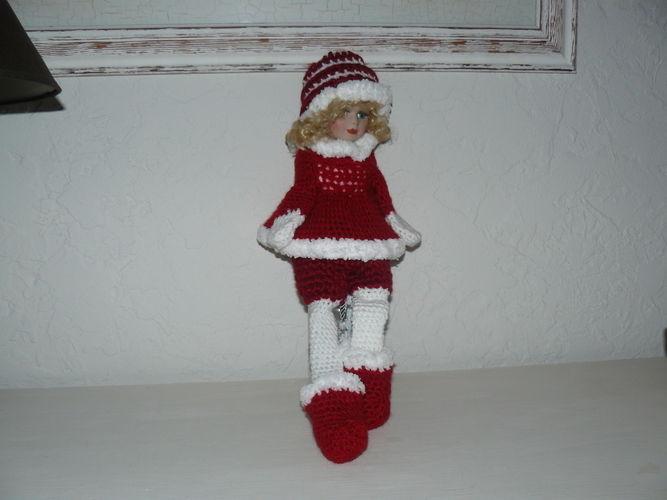 Makerist - La grande poupée de Noël en rouge et blanc  - Créations de crochet - 1