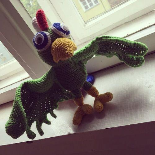 Makerist - Papagei Scully - Häkelprojekte - 1