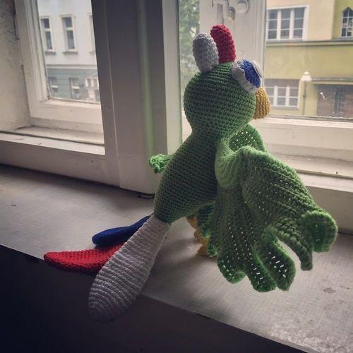 Makerist - Papagei Scully - Häkelprojekte - 2