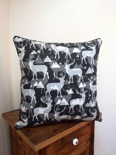 Makerist - Hirschkissen - Neue Deko für die Couch - - Nähprojekte - 1