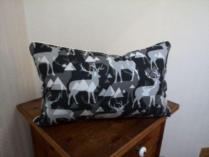 Makerist - Hirschkissen - Neue Deko für die Couch - - Nähprojekte - 2