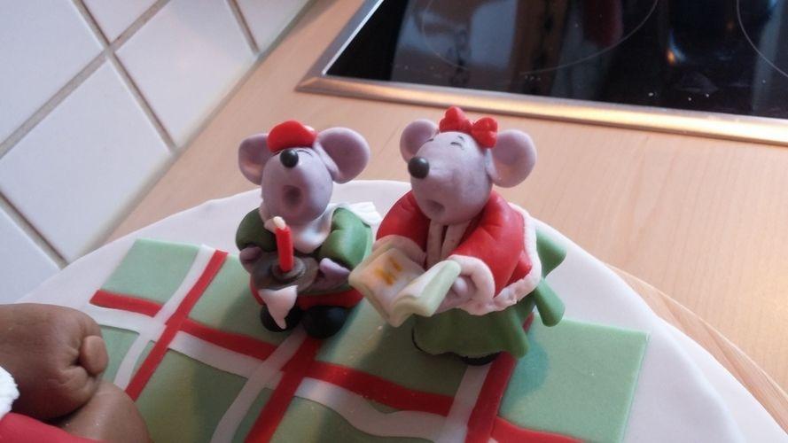 Makerist - Weihnachten beim Weihnachtsmann - Torten, Cake Pops und Cupcakes - 3