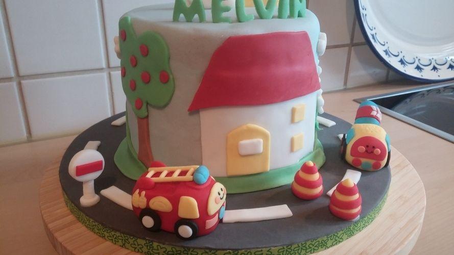 Makerist - Flitzer tüt Torte für Melvin - Torten, Cake Pops und Cupcakes - 2