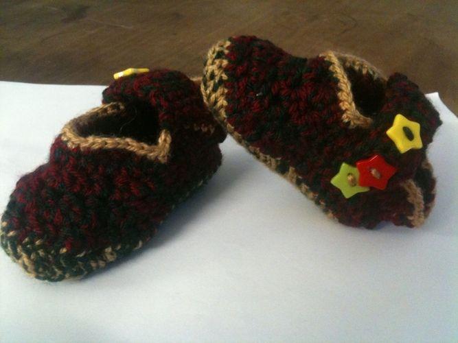 Makerist - weihnachtliche Kinderpuschen - Häkelprojekte - 1