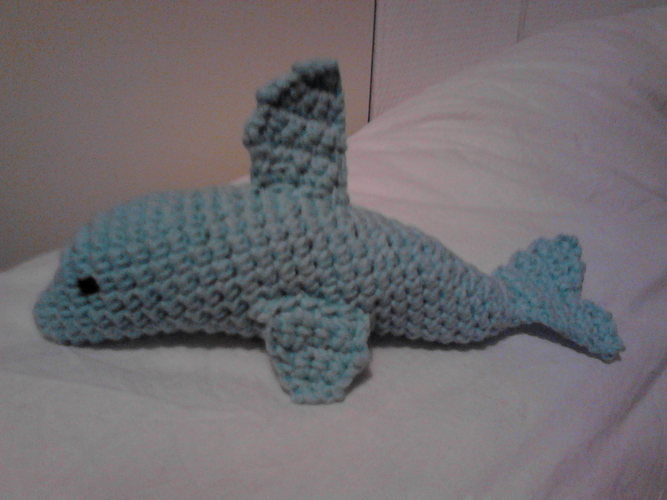 Makerist - Baby-Spielzeug Delphin - Häkelprojekte - 1