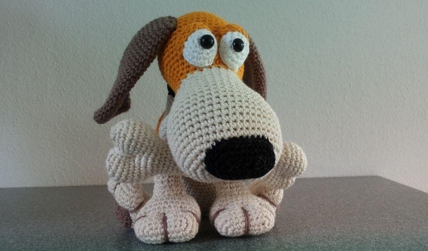 Makerist - Hundchen mit Knochen - Häkelprojekte - 1