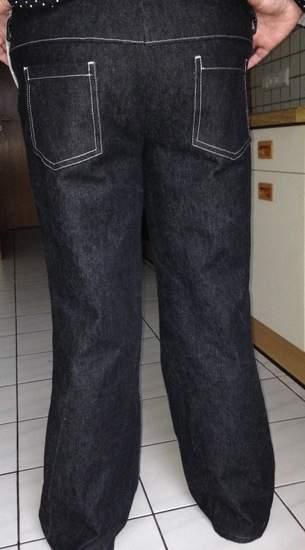 selbst konstruierte und genähte Jeans