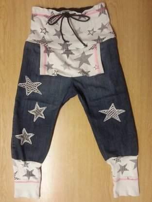 Hosen , aus Jeans und Sweatstoff ,