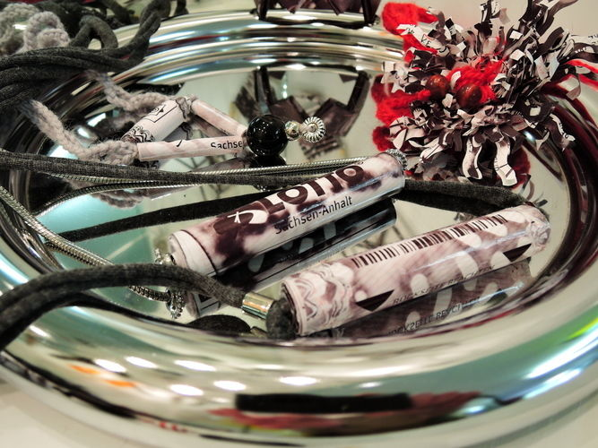 Makerist - Modeschmuck aus Thermopapier-Resten - DIY-Projekte - 1