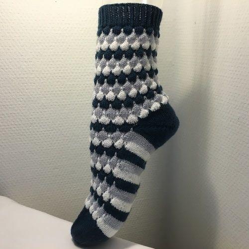 "Makerist - Socken ""Bubbles"" - Strickprojekte - 3"