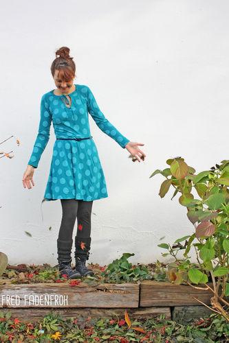 Makerist - Kleid Herbstgold in petrol - Nähprojekte - 1