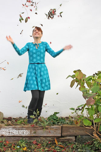Makerist - Kleid Herbstgold in petrol - Nähprojekte - 2