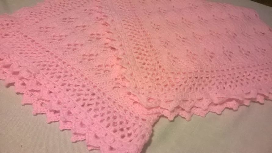 Makerist - couverture rose au crochet - Créations de crochet - 2