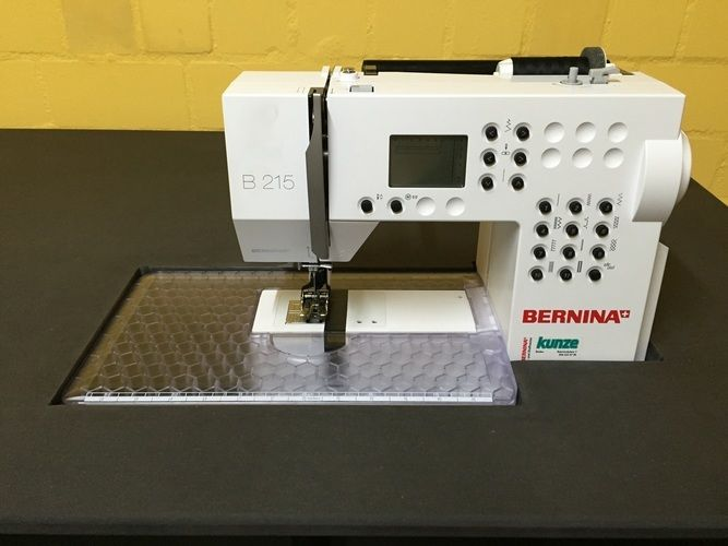 Makerist - Mein neuer höhenverstellbarer DIY-Nähtisch mit versenkter Nähmaschine :) - Werkzimmer - 1