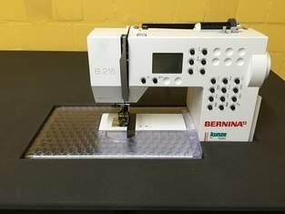 Mein neuer höhenverstellbarer DIY-Nähtisch mit versenkter Nähmaschine :)