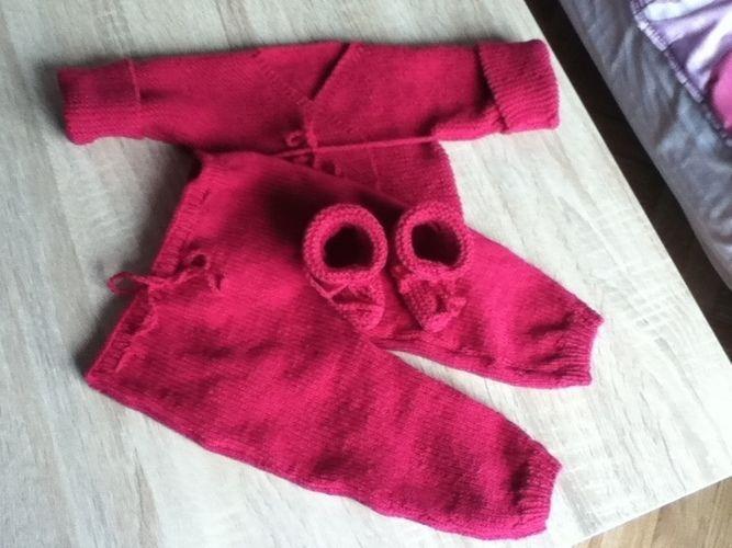 Makerist - ensemble bebe couleur mure - Créations de tricot - 2