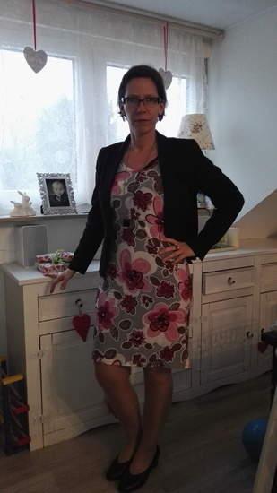 Makerist - SM Valerie als Frühlingskleid für die Arbeit, Stoff ist Viskosejersey - 1