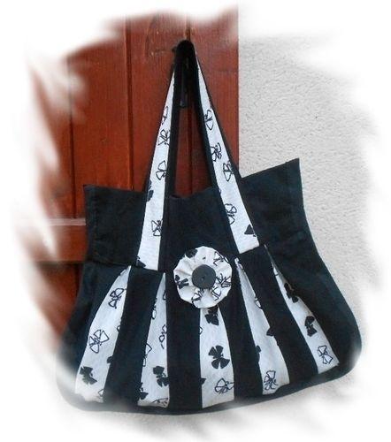 Makerist - Sac à Main et Porte-Clés - Créations de couture - 1