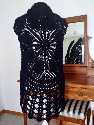 Makerist - kreisWESTE BLACK - Strickprojekte - 2