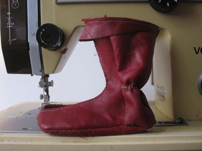 Makerist - Elfenstiefel aus rotem Leder - Nähprojekte - 3