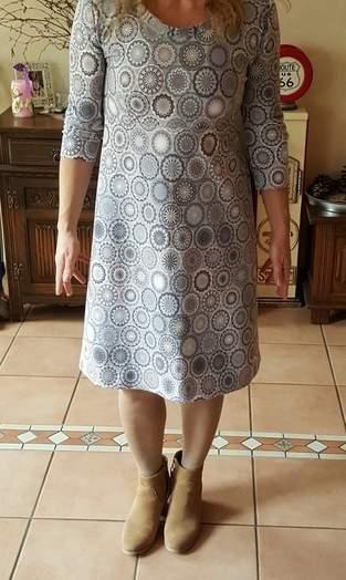 ein Kleid 4 Styles