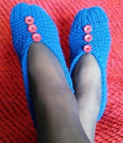 Makerist - Chaussons en acrylique bleu et fil lurex  - Créations de tricot - 1