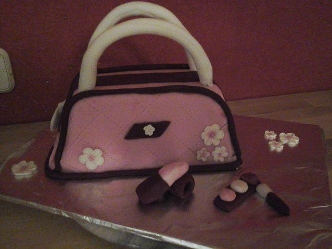 """Makerist - Eine """"süße"""" Handtasche zum Geburtstag - Torten, Cake Pops und Cupcakes - 1"""