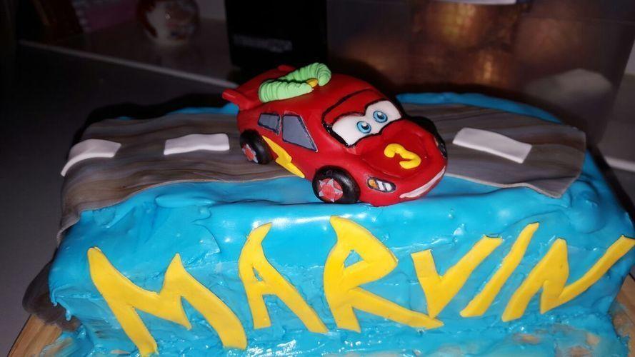Makerist - Cars Motiv Torte - Torten, Cake Pops und Cupcakes - 1